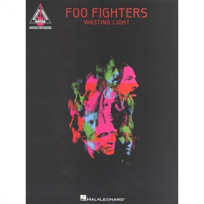 Hal Leonard - - Foo Fighters - Wasting Light - englisch