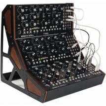 Moog Mother-32 Three-Tier Stand für 3x Mother-32