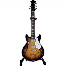 Hal Leonard Axe Heaven Sunburst Hollow Body Axe Heaven Sunburst Hollow Body Gitarrenmodell 1:4