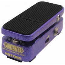 Hotone Vow Press switchable volume/wah-wah effects pedal