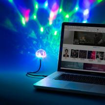 ION Party Ball USB Discokugel mit integrierter Beleuchtung