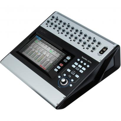 QSC Touchmix-30 Pro digitaler Mixer