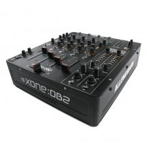 Allen & Heath Xone:DB2 digitaler  DJ-Mixer