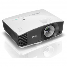 BenQ MX704 business projector