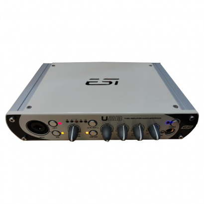 ESI U2B audio interface met buizenversterker