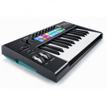 (B-Ware) Novation Launchkey 25 MK2 MIDI-Keyboard