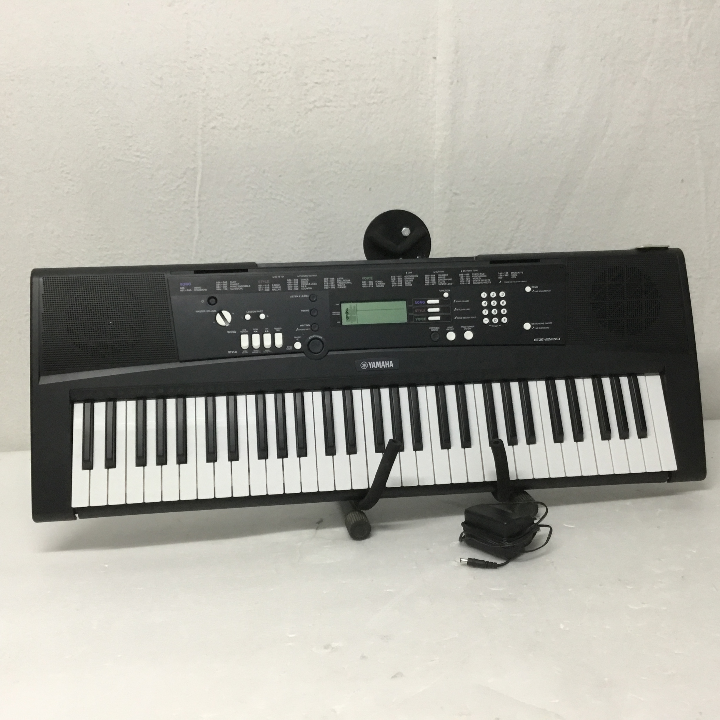 b ware yamaha ez 220 keyboard kaufen bax shop. Black Bedroom Furniture Sets. Home Design Ideas